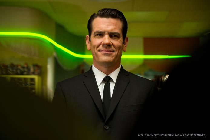 Josh Brolin plays the young Agent K in