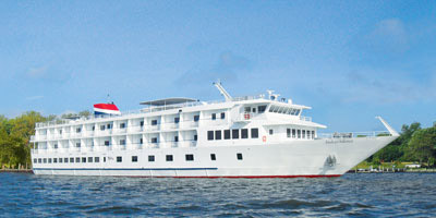 The Independence, with a capacity of 98 passengers, will arrive at 5 p.m. today and depart at 1:30 p.m. Saturday.