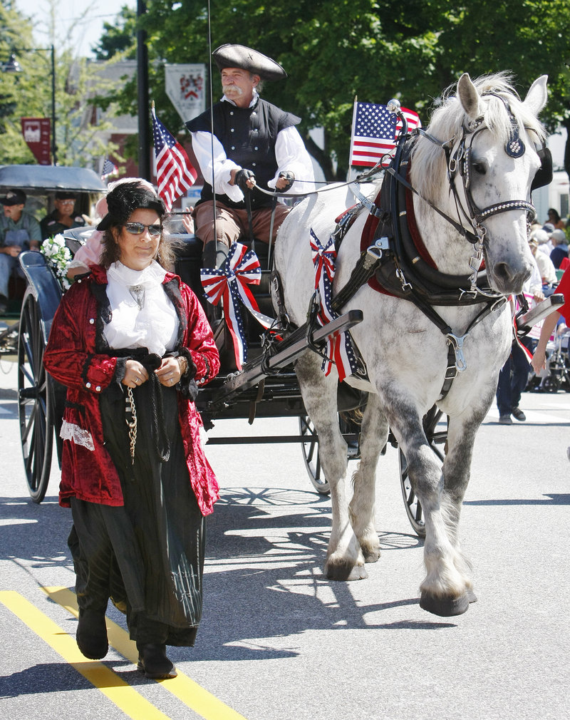 Some parade participants wore period costumes.