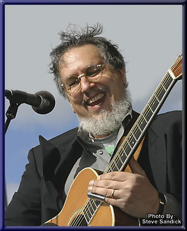 David Bromberg kept making records, but took time off from touring for some 20 years while building his violin business in Delaware.