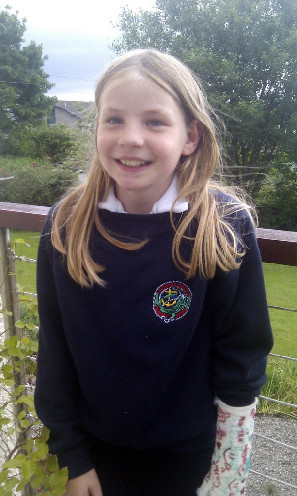 Scottish officials retreated Friday and lifted a ban on 9-year-old school lunch blogger Martha Payne.