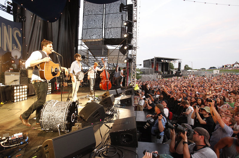 Mumford & Sons closed Saturday's festival, which encountered a few glitches.