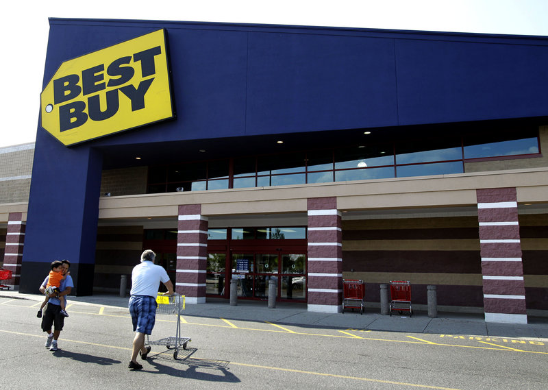 The Best Buy chain reported a big second-quarter profit reduction, as it's been hit by increased competition and turmoil involving three chief executives in the last year.