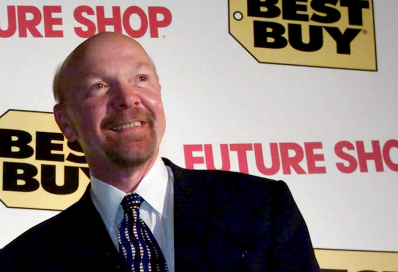 Richard Schulze, founder and former chairman of Best Buy, and the company say they have an agreement that will allow Schulze to pursue his plan to try to buy the nation's largest consumer electronics chain.
