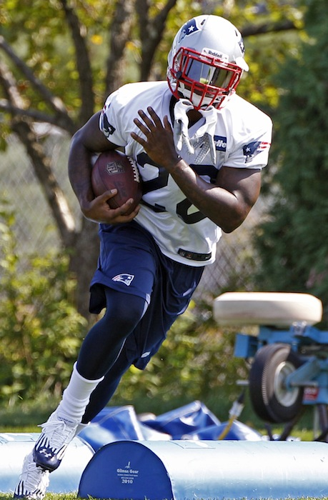 New England Patriots running back Stevan Ridley runs a drill during NFL football practice at the team's training facility in Foxborough, Mass., Wednesday, Sept. 12, 2012. (AP Photo/Stephan Savoia)