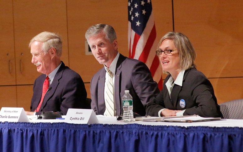 U.S. Senate candidates Angus King, Charlie Summers and Cynthia Dill, left to right, participate in a debate at the University of Southern Maine in Portland on Thursday.