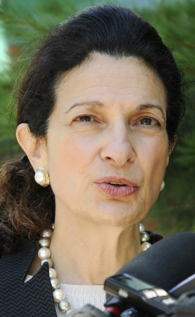 Maine Sen. Olympia Snowe, a Republican, said Moody's report is a wake-up call that should not be ignored.