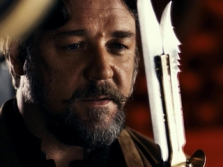 Russell Crowe plays an Australian mercenary named Jack Knife.