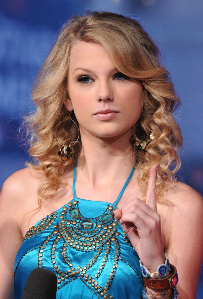 Taylor Swift turned 23 on Thursday but she was traveling overseas for the occasion.