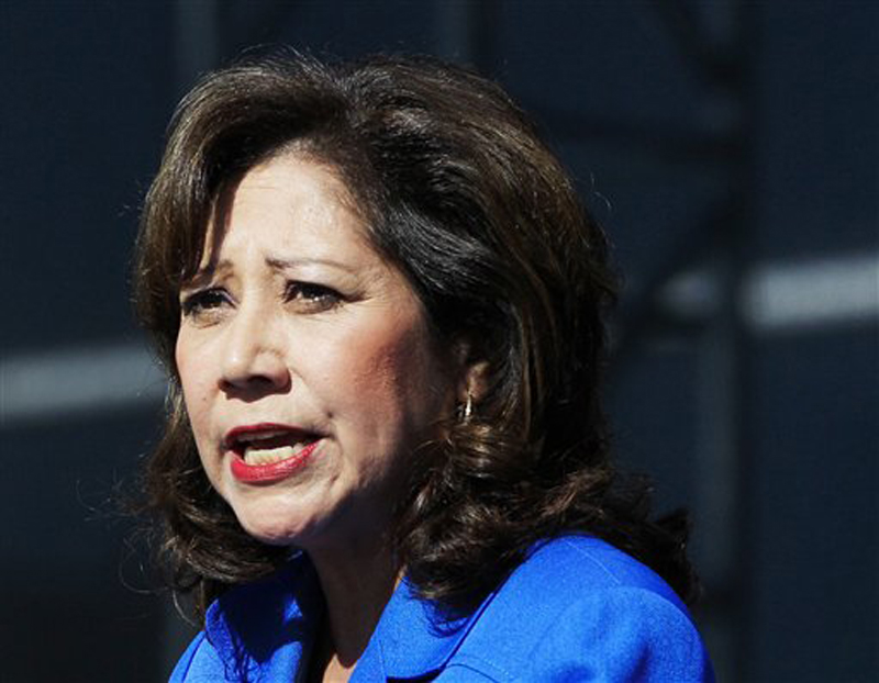 Labor Secretary Hilda Solis told colleagues she is resigning from the Obama administration.