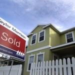 Sales of single-family homes rose nearly 12 percent in December, and jumped 17 percent for the full year thanks in part to low interest rates, reasonable selling prices and shrinking inventory on the market.