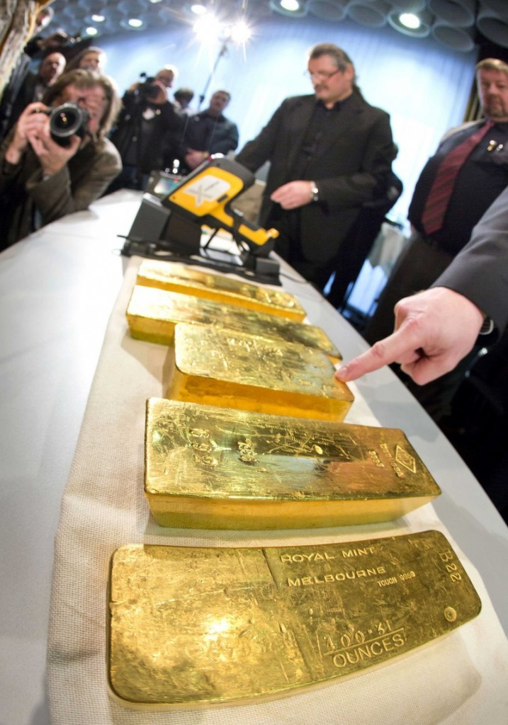 Gold ingots are displayed Wednesday at Germany's Central Bank headquarters in Frankfurt. An auditor has criticized the bank's oversight of gold reserves abroad.