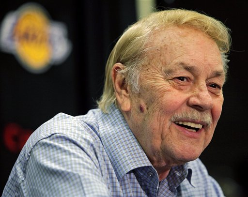 Los Angeles Lakers owner Jerry Buss appears at a news conference in Bell Gardens, Calif., in this Aug. 17, 2010, photo.