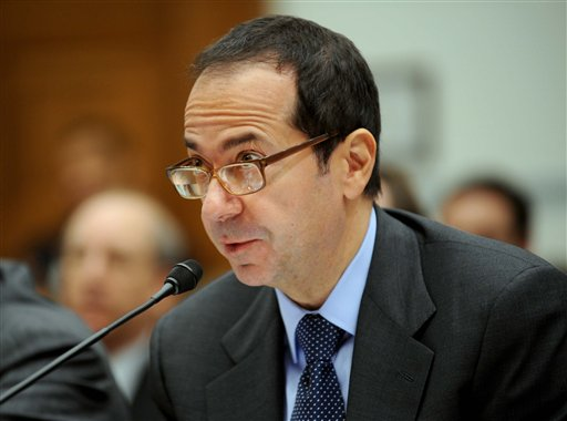 Hedge fund manager John Paulson stirred speculation last week when Bloomberg News reported that he was exploring a move from New York to Puerto Rico, where new residents pay no local or U.S. federal taxes on capital gains. Paulson said Friday he won't set up a permanent residence on the island.