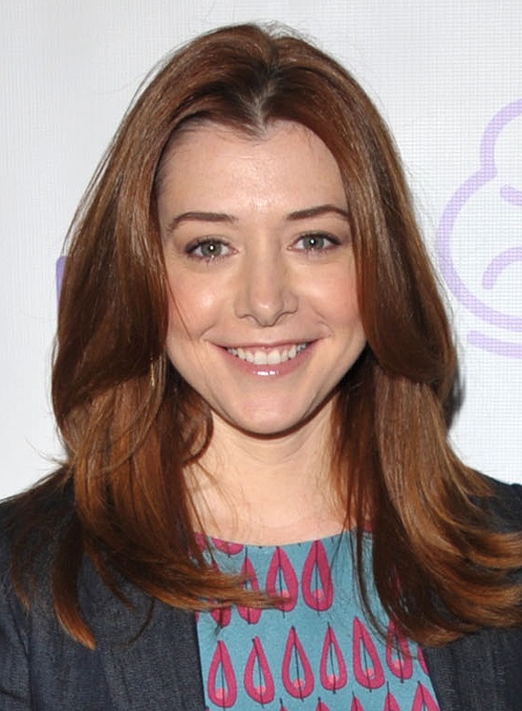 Alyson Hannigan Entertainment|5B4319707DD310048B23DF092526B43E;Head and Shoulder