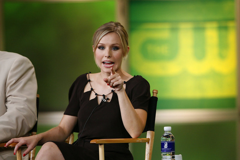 """Actress Kristen Bell, shown in 2006 when """"Veronica Mars"""" was still on the air, reportedly is ready to begin work this summer on a movie based on the sleuth."""