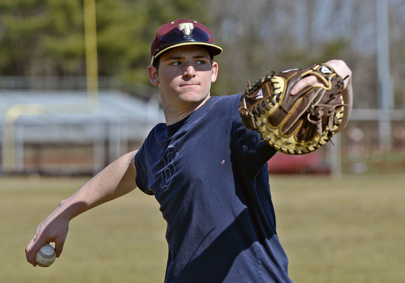 Jeff Gelinas can pitch. No doubt about it. But he's also played every position except center in high school or Legion.