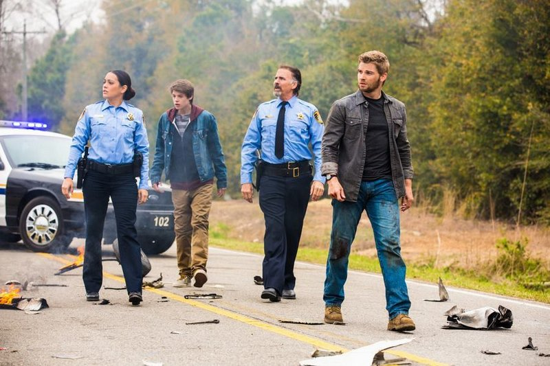 """""""Under the Dome,"""" on CBS beginning June 24, is based on a Stephen King book and is set in a Maine town sealed off from the world by an invisible barrier."""