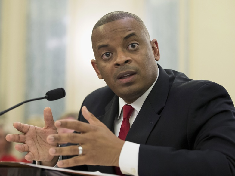 U.S. Transportation Secretary Anthony Foxx has been invited to tour the Sarah Mildred Long Bridge between Maine and New Hampshire.