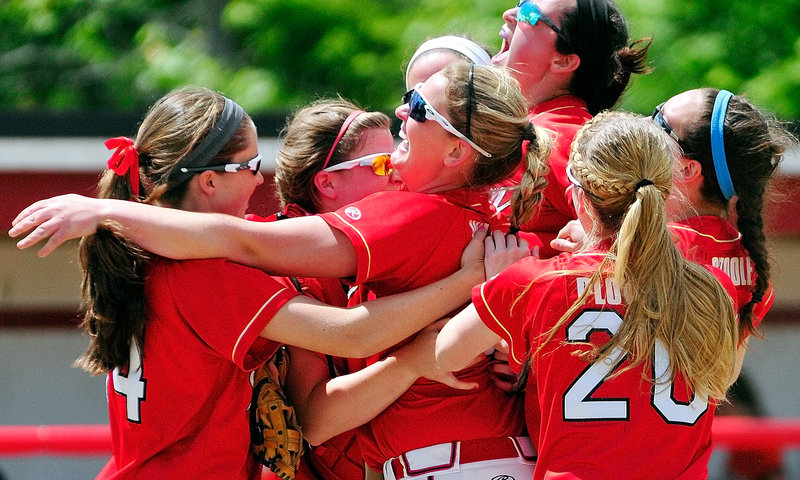 It's a celebration of red as the Red Storm of Scarborough continue a trend of winning state softball titles in odd-numbered seasons, defeating Skowhegan 9-3 in the Class A final.