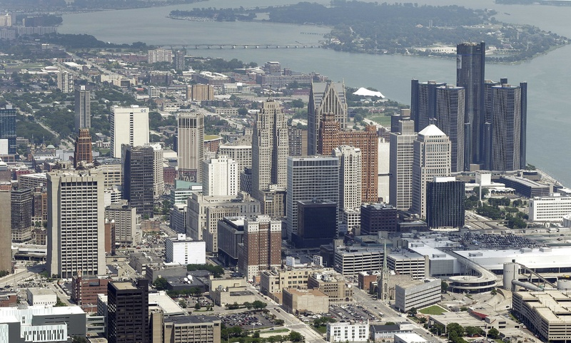 Detroit on Thursday became the largest city in U.S. history to file for bankruptcy when state-appointed emergency manager Kevyn Orr asked a federal judge for municipal bankruptcy protection.