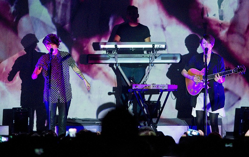 Twin sisters Tegan and Sara perform at the State Theater in Portland on Saturday.