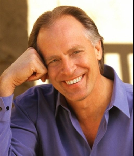Keith Carradine will receive the Mid-Life Achievement Award at the Maine International Film Festival in Waterville.
