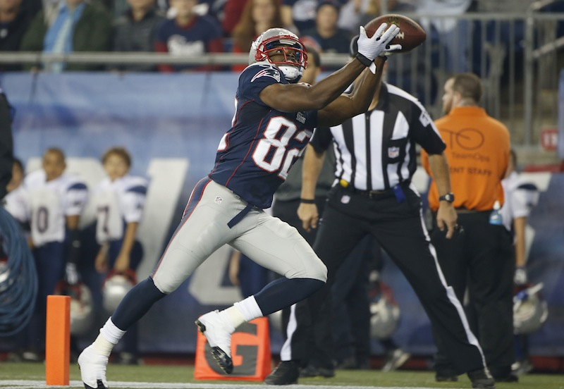 Patriots wide receiver Josh Boyce catches a touchdown pass against the New York Giants in the second quarter Thursday.