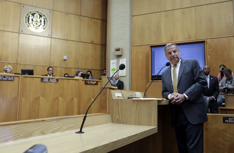 """San Diego Mayor Bob Filner addresses the pubic Friday, claiming he was the victim of a """"lynch mob mentality"""" whipped up by his political enemies."""