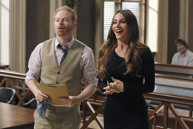 "Jesse Tyler Ferguson and Sofia Vergara in ""Modern Family."""