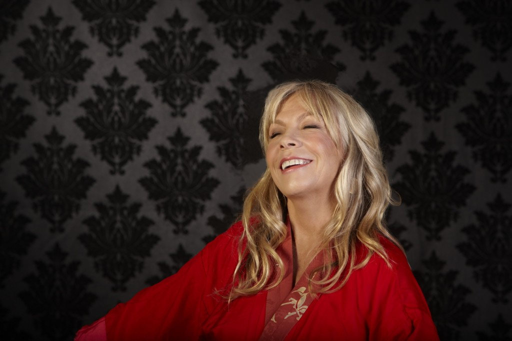 Rickie Lee Jones will play with a cellist and a guitarist on Saturday at Asylum.
