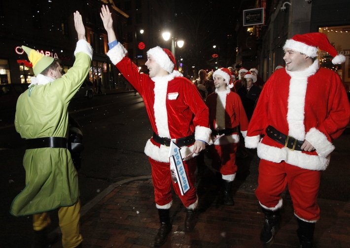 Elves on the loose during Santacon 2009.