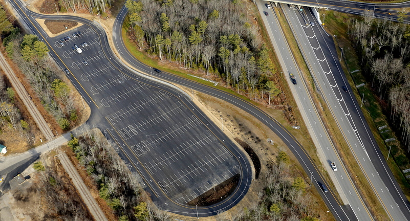 1 million maine park and ride lot goes largely unused the portland press herald maine. Black Bedroom Furniture Sets. Home Design Ideas