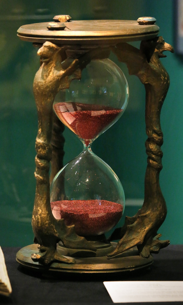 "Willard Carroll's prize pieces of ""Oz"" memorabilia include the hourglass that the Wicked Witch of the West used to threaten Dorothy."