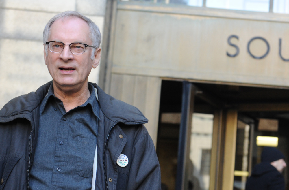 As he leaves a Manhattan court, onetime vigilante Bernie Goetz offers a rambling set of reasons why he declined to accept 10 days of community service to resolve a pot charge.