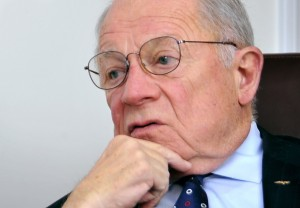 F. Lee Bailey is trying to win permission in Maine to again practice law.