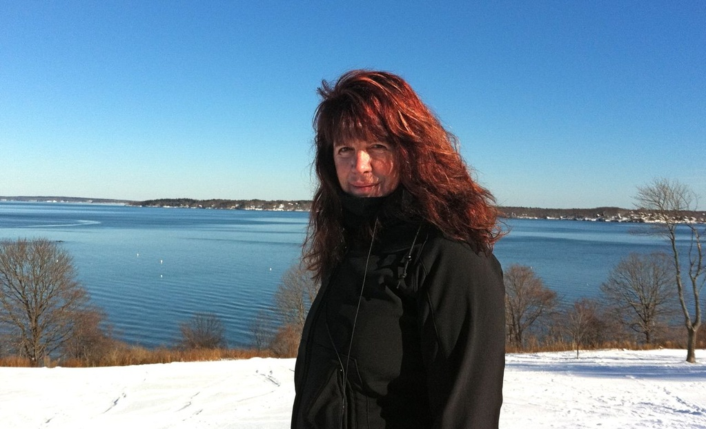 Mindy Armstrong dedicated herself to helping others consumed by addiction.