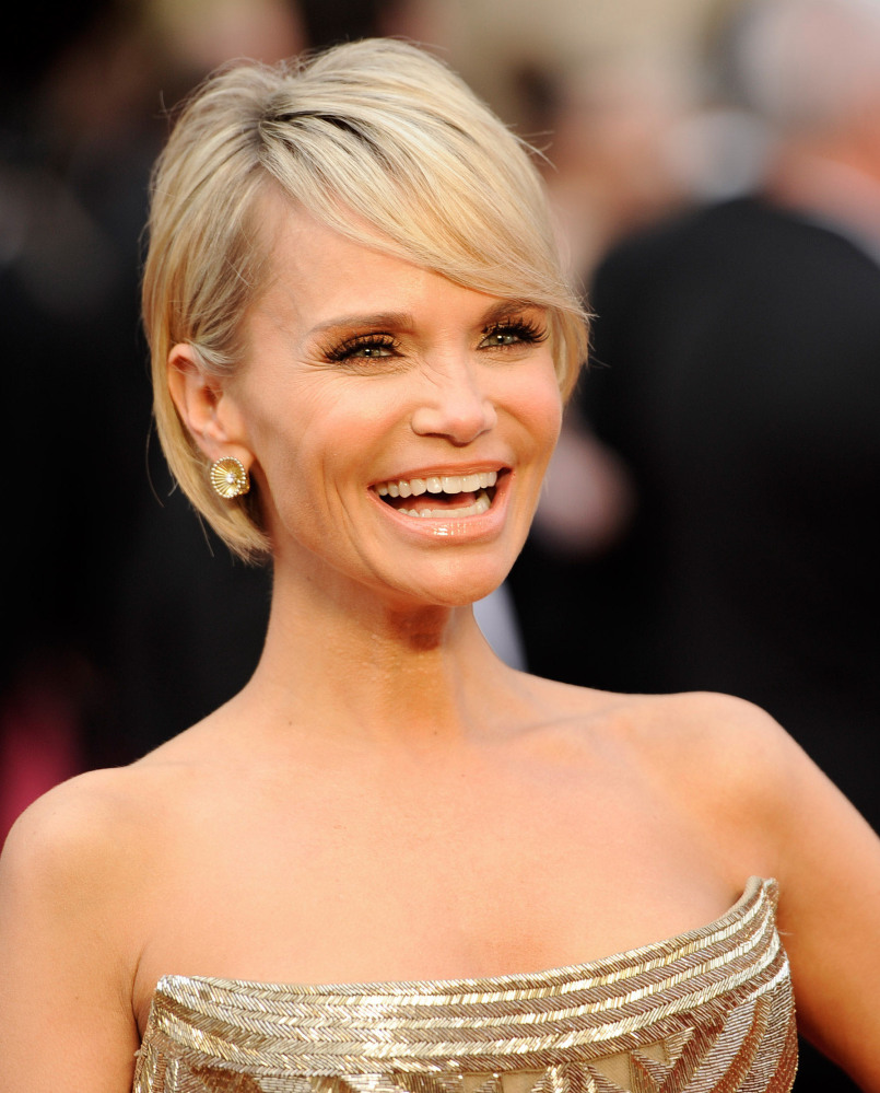 Kristin Chenoweth arrives at the Academy Awards on Sunday at the Dolby Theatre in Los Angeles.