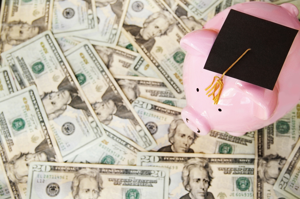 A new program offers a scholarship worth up to $4,000 a year for adult students who want to complete their first bachelor's degree at any of the seven University of Maine System campuses.