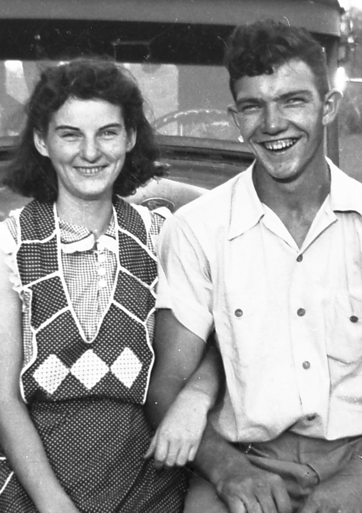 Helen and Kenneth Felumlee in September 1941. Married 70 years, they recently died 15 hours apart.