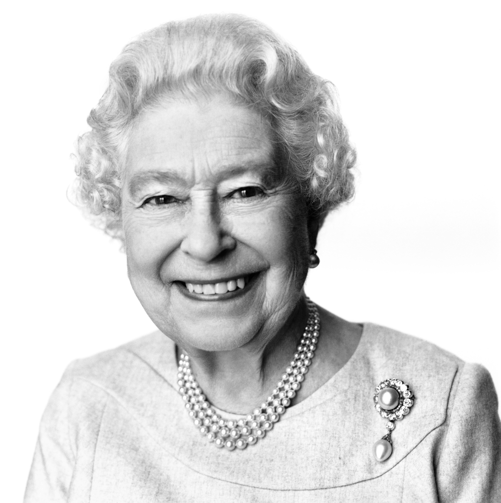 New portrait of Elizabeth II