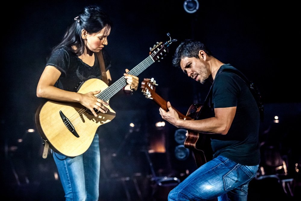 Acoustic guitar duo Rodrigo Sanchez and Gabriela Quintero play the State Theatre on Friday.