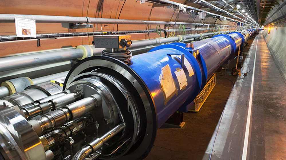Superconducting magnets in the LHC tunnel