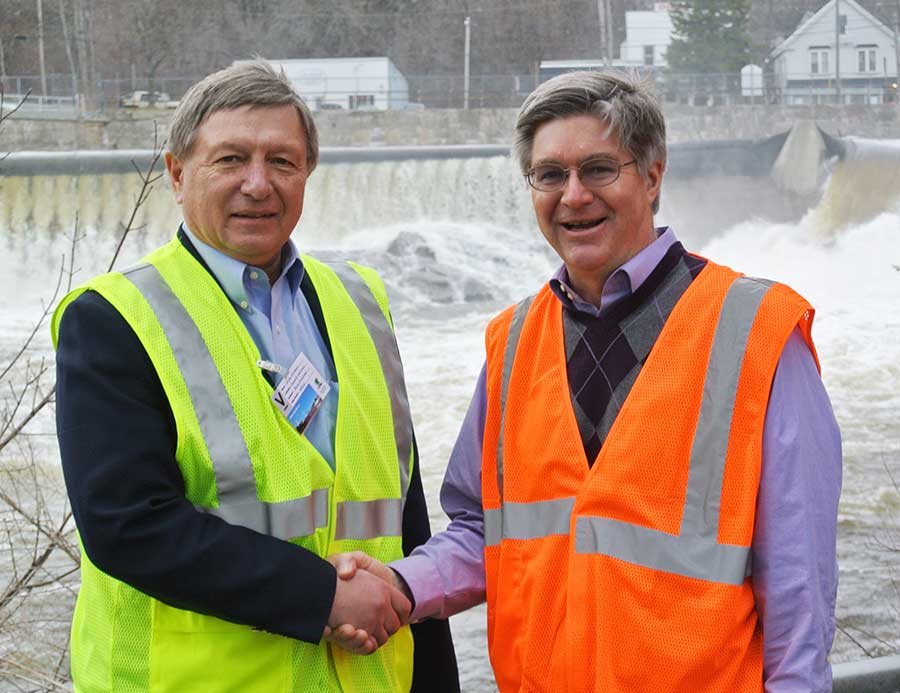 From left to right: Mike Minkos, president of Summit Natural Gas of Maine and Russ Drechsel, president of UPM Madison
