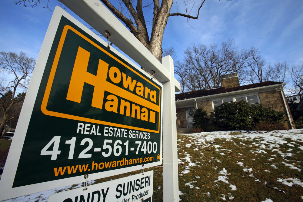Lenders may be easing mortgage lending standards, but they're not bringing back the types of loans made during the housing boom that required no deposits and no documentation of income and had rates that could double after two years.