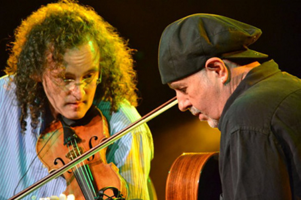 Fiddler Martin Hayes and guitarist Dennis Cahill will perform at One Longfellow Square in Portland on Sunday.