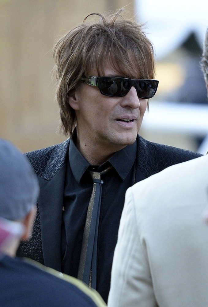 Guitarist Richie Sambora unveiled a new anti-drug song Tuesday at an event to raise awareness about heroin and painkiller abuse.