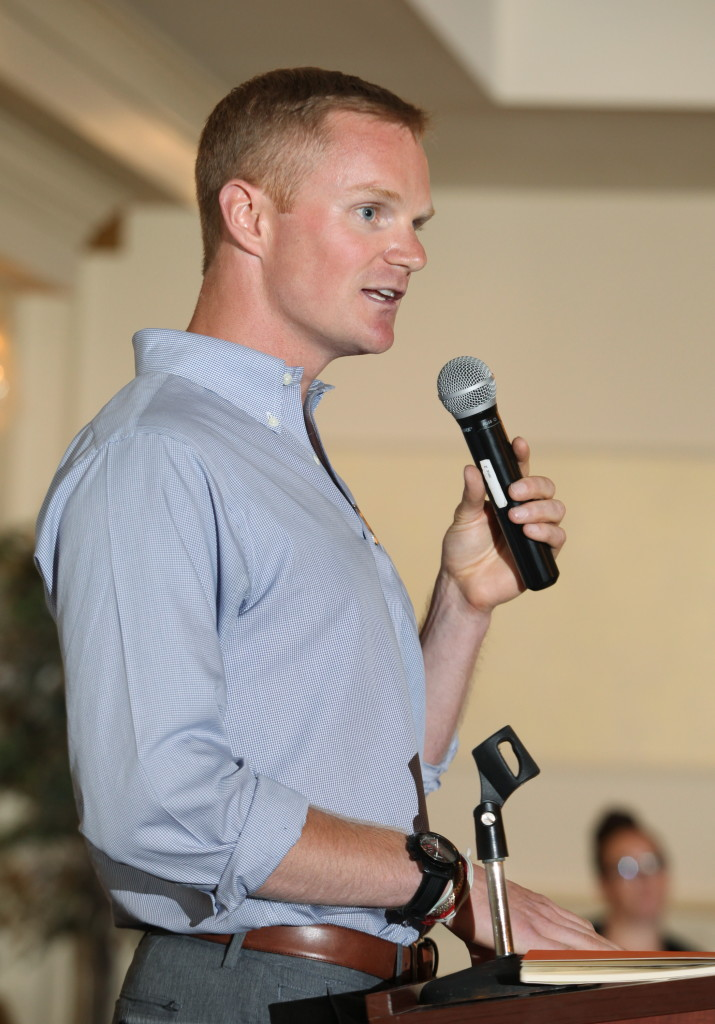 Former major league baseball player and Portland High School graduate Simon Williams speaks at the 27th Annual All-Sports Awards Sunday. Joel Page/Staff Photographer