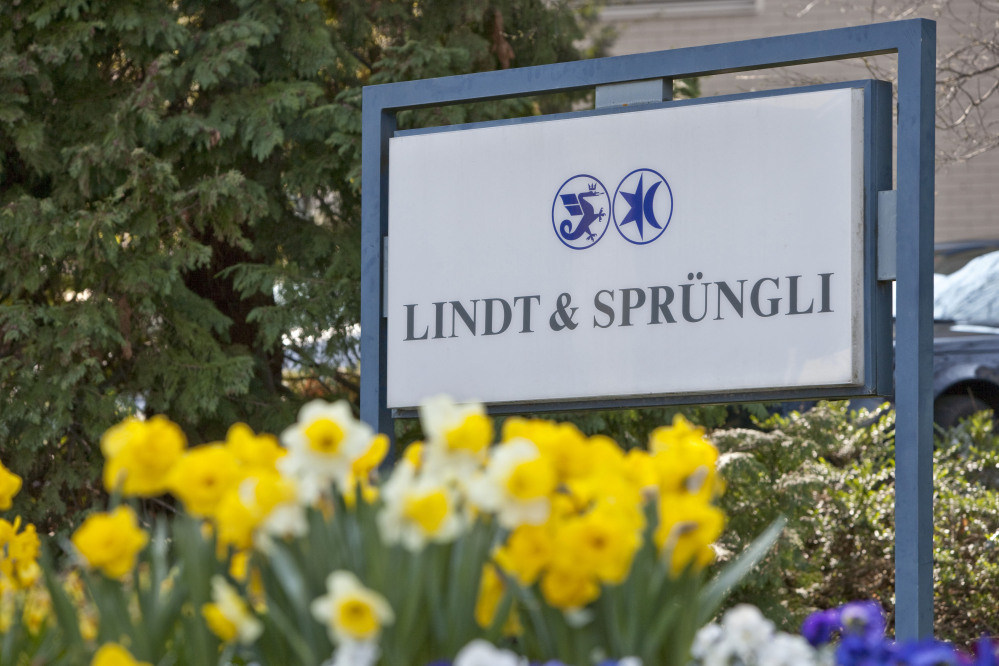 Swiss chocolate maker Lindt and Spruengli in Kilchberg, Switzerland, is buying U.S. manufacturer Russell Stover Candies Inc. for an undisclosed sum.