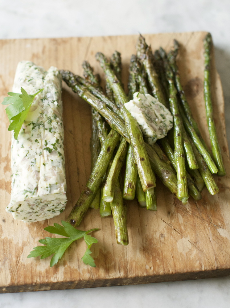 Grilled asparagus with lemon butter.